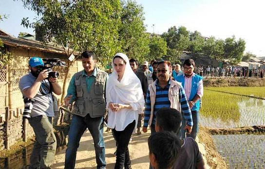آنجلینا جولی در بنگلادش