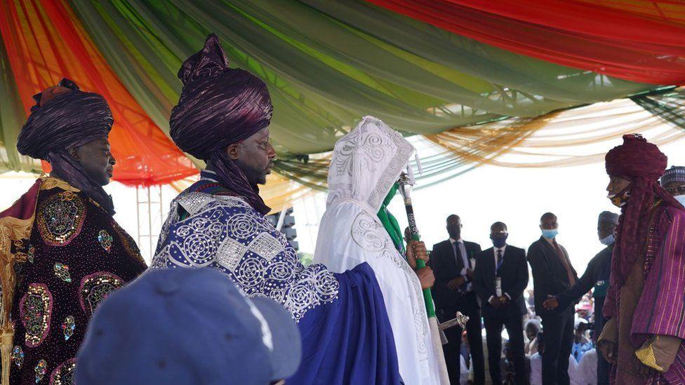 مراسم رسمی انتخاب یکی از امرای نیجریه
