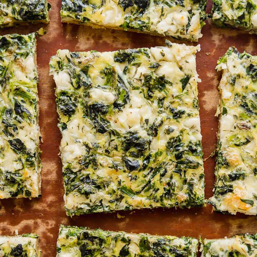 طرز تهیه پیتزا اسفناج و پنیر