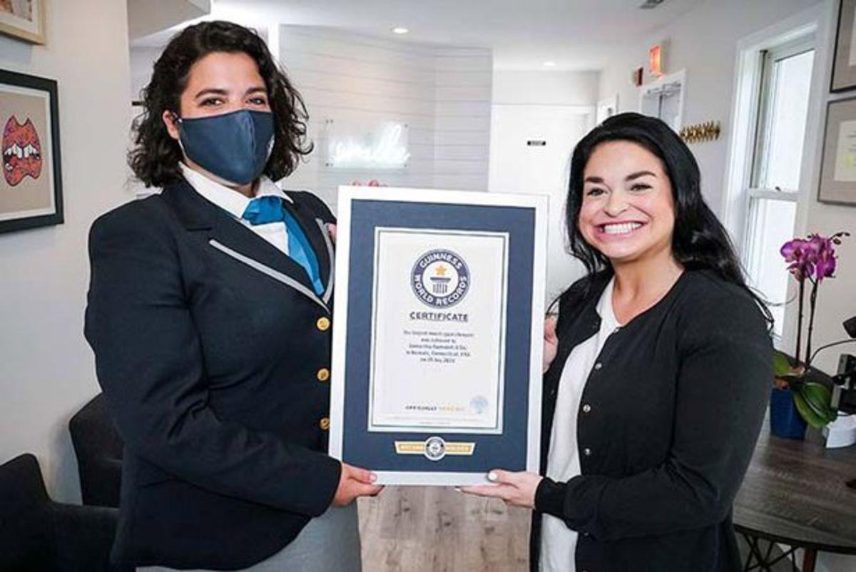 زنی با داشتن بزرگ ترین دهان دنیا رکورد دار گینس شد (+عکس)