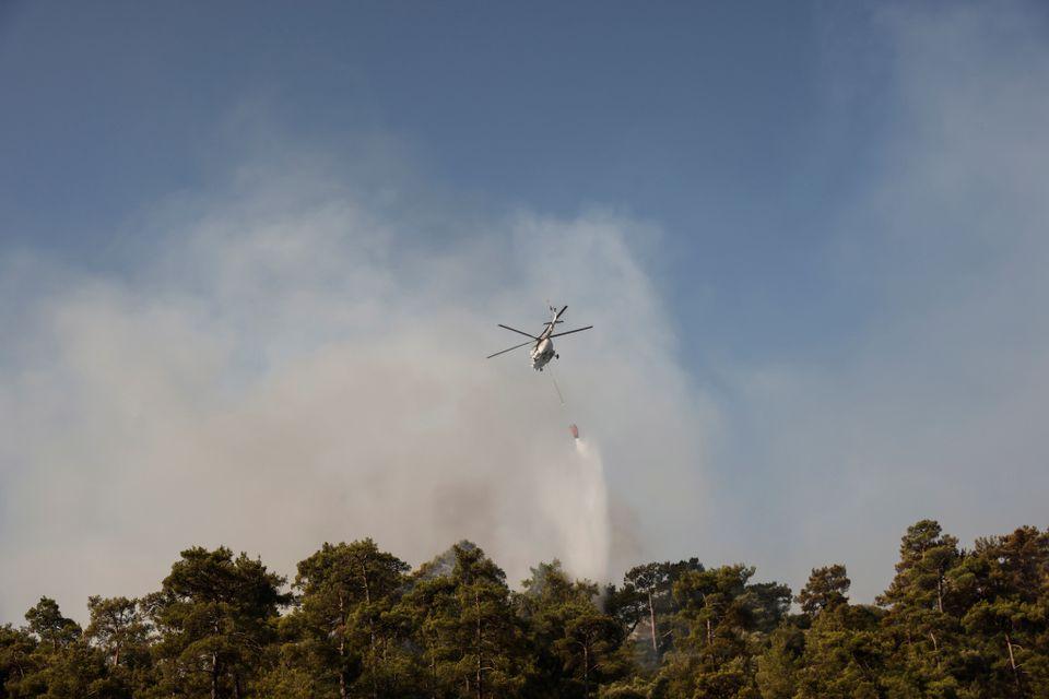 تلاش هوایی برای مهار آتش سوزی ترکیه