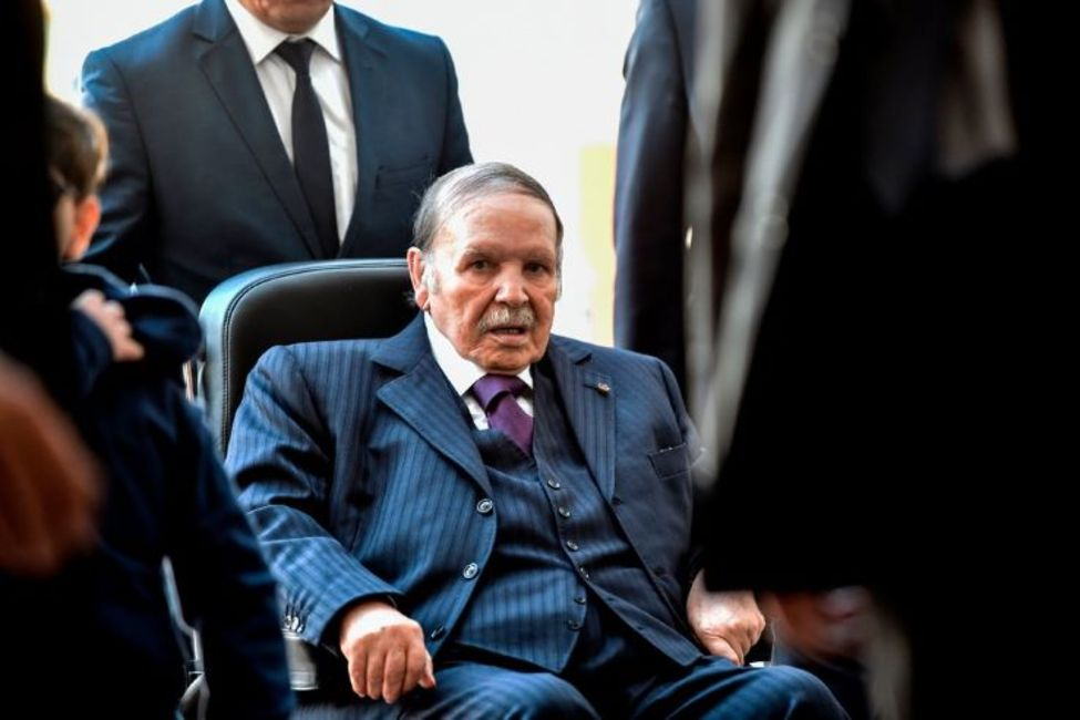 عبدالعزیز بوتفلیقه؛ مرگ واسطۀ قرارداد الجزایر که آزادی شریعتی را از شاه خواست