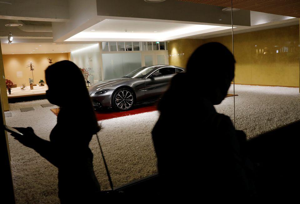 ژاپن؛  از رونق فروش خودروهای خارجی تا فقرشدن فقرا/ دلیل : سیاست های اقتصادی آبه نومیک