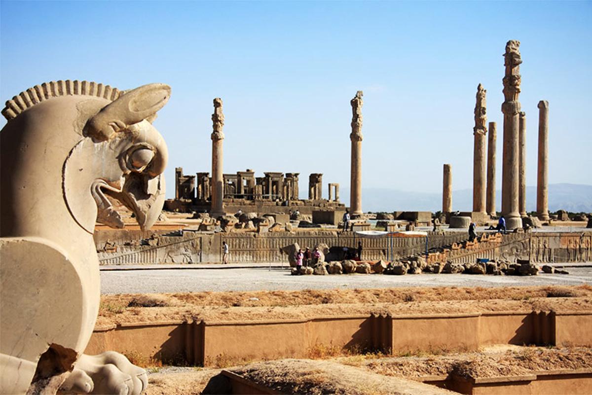 از کولوسیوم روم تا تخت جمشید ایران / چرا باید به تاریخ خود افتخار کنیم؟
