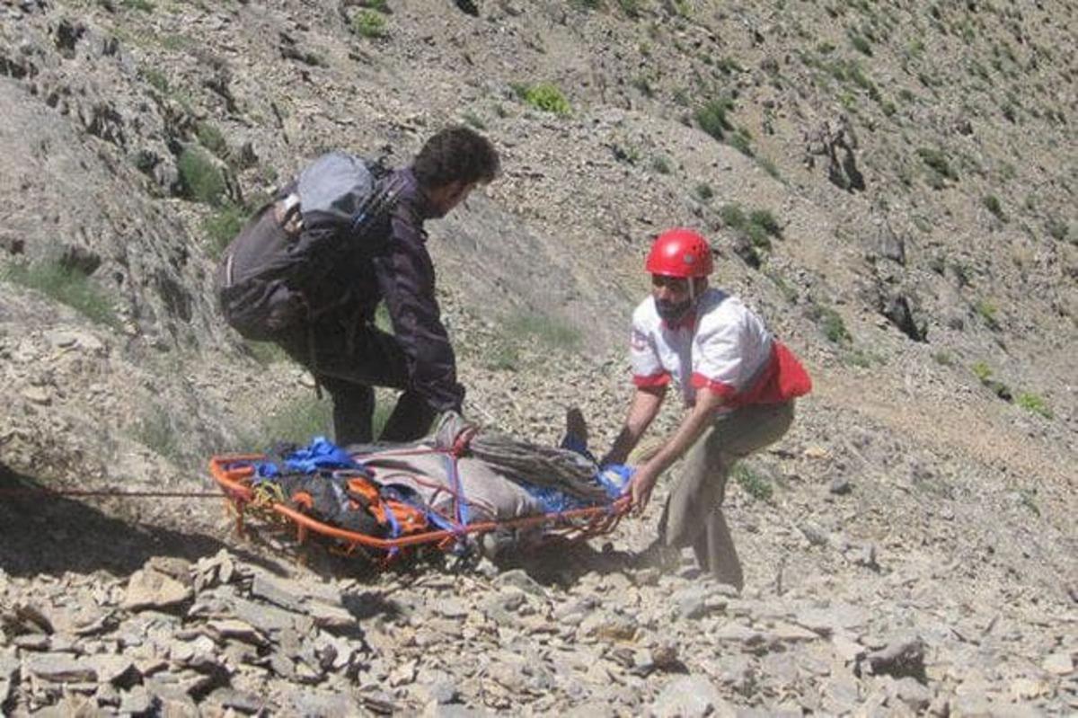 نجات 8 کوهنورد مفقود شده در ارتفاعات دشت لار