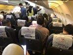 شرکتهای هواپیمایی مردم را سرکار گذاشتند؟ دیگر خبری از فاصله گذاری اجتماعی نیست، اما بلیت هواپیما ارزان نمیشود! (فیلم)