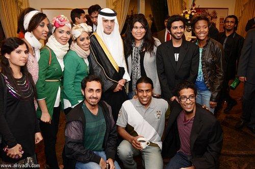 عادل الجبیر سفیر وقت عربستان سعودی در واشنگتن در جمع دانشجویان سعودی مقیم آمریکا