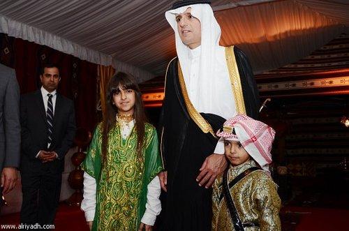 عادل الجبیر سفیر وقت عربستان سعودی در جشن روز ملی این کشور در محل سفارت