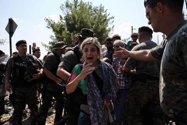 آوارگان سوری در مرز مقدونیه و یونان
