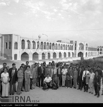 خبرنگاران کشورهای شرکت کننده در بازی های آسیایی تهران ، پس از پایان بازی ها ، از شهرهای اصفهان و شیراز دیدن می کنند