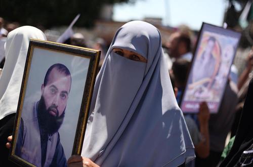 راهپیمایی برای آزادی زندانیان فلسطینی در بند زندان های اسراییل – غزه