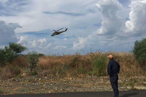 بالگرد تهاجمی می ـ 24 روسیه بر فراز فرودگاه نظامی