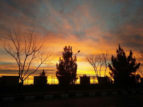 طلوع آفتاب مشهد- حامد