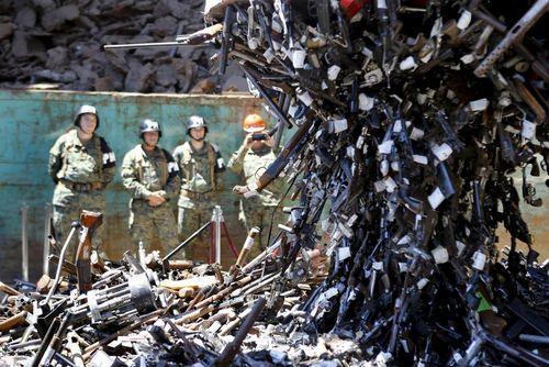 امحای 13 هزار سلاح گرم – شیلی