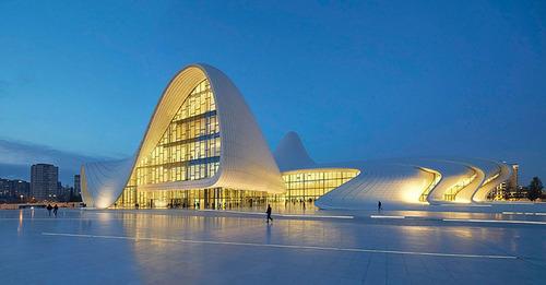 مرکز حیدر علی اف در باکو- جمهوری آذربایجان