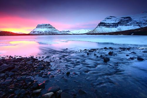 کوه های شهر کوپاووگور- ایسلند