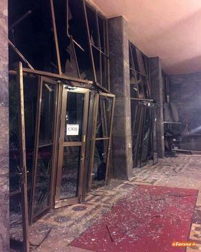 تصويرى از داخل پارلمان تركيه پس از حملات هوايى. خبرنگار روزنامه زمان از كشته شدن دستكم يك نماينده پارلمان خبر داده است.
