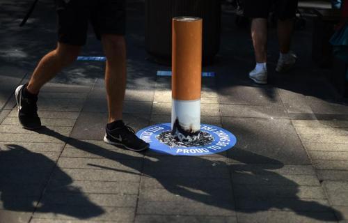 تبلیغ علیه مصرف سیگار در یکی از خیابان های شهر سیدنی استرالیا - خبرگزاری فرانسه