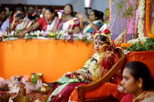جشنواره آیینی 10 روزه دورگا پوجا در اوتارپرادش هند
