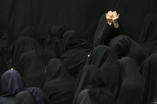 عزاداری محرم در مسجد سادات اخوی در تهران