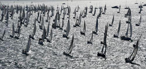 شرکت 1700 قایق بادبانی در مسابقات قایقرانی در بارسلونا اسپانیا