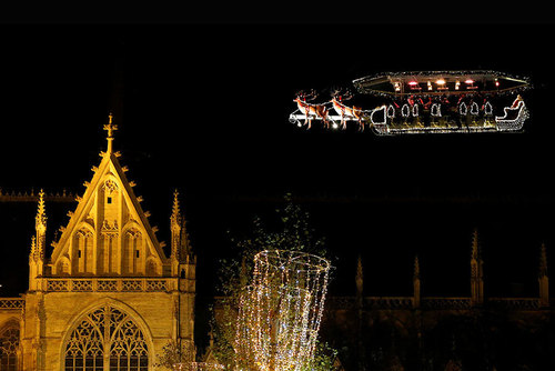 رستوران پرنده در حال و هوا و تزیین کریسمسی – بروکسل بلژیک