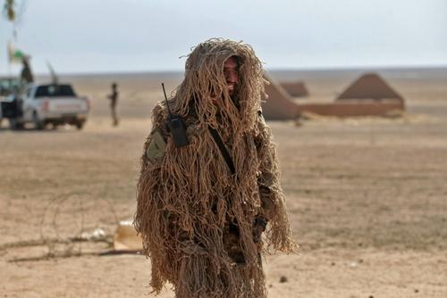 یک عضو نیروی داوطلبان مردمی الحشد الشعبی عراق در منطقه تلعفر / خبرگزاری فرانسه
