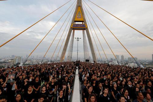 عزاداری و ادای احترام به پادشاه فقید تایلند – بانکوک