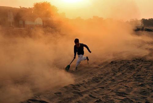 بازی مورد علاقه نوجوانان در جامو هند