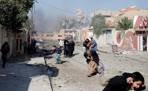 لحظه بمباران شهر موصل عراق از سوی جنگنده های ائتلاف عملیات آزادسازی موصل از دست داعش