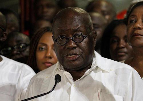 نشست خبری رییس جمهور جدید غنا پس از پیروزی در انتخابات ریاست جمهوری در خانه اش