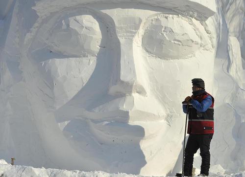 نمایشگاه بین المللی سالانه سازه های برفی و یخی در هاربین چین