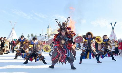 جشنواره زمستانی در منطقه مغولستان در شمال چین