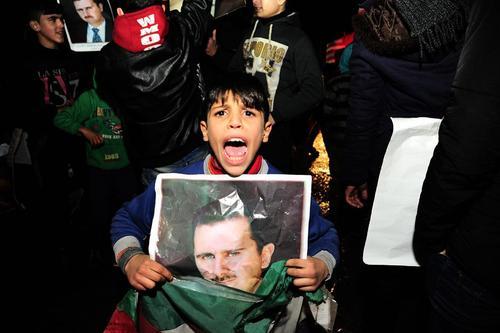 جشن بیرون راندن مخالفان مسلح از شهر حلب سوریه – شرق شهر حلب