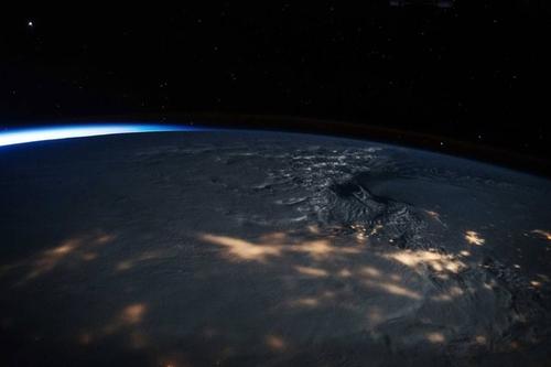 عکس فضایی از توفان برفی در سواحل شرقی آمریکا