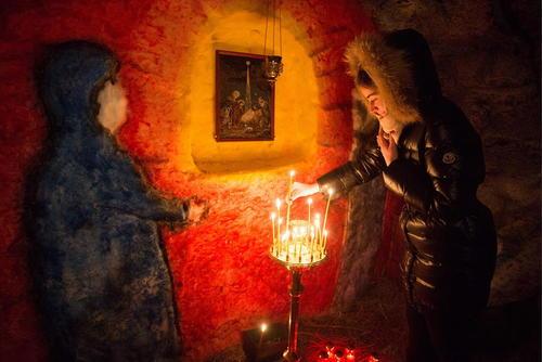 برگزاری جشن میلاد مسیح در کلیسایی در اومسک روسیه