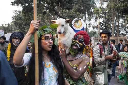 اعتراض فعالان حامی محیط زیست به پروژه ساخت یک نیروگاه ذغال سنگ در بنگلادش – داکا
