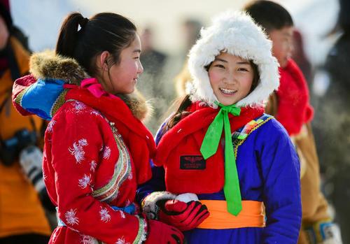 جشنواره 5 روزه رقابت های ورزشی زمستانی در بخش مغول نشین در شمال چین