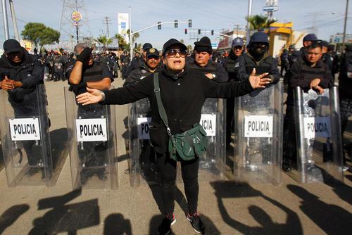 تظاهرات در اعتراض به افزایش قیمت بنزین – مکزیک