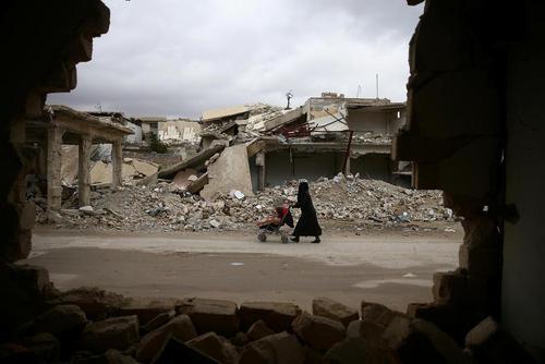 ویرانه های جنگ داخلی در شهر دوما در حومه شرقی پایتخت سوریه