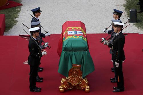 مراسم تشییع رییس جمهور اسبق پرتغال – لیسبون