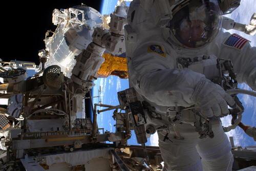 عملیات موفق نصب آداپتورهای جدید در ایستگاه فضایی بین المللی