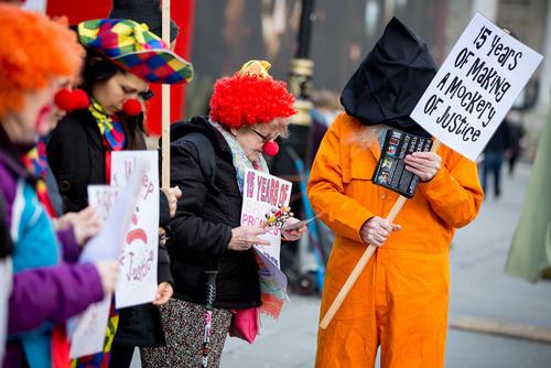 اعتراض به بسته نشدن کامل زندان گوانتانامو- لندن