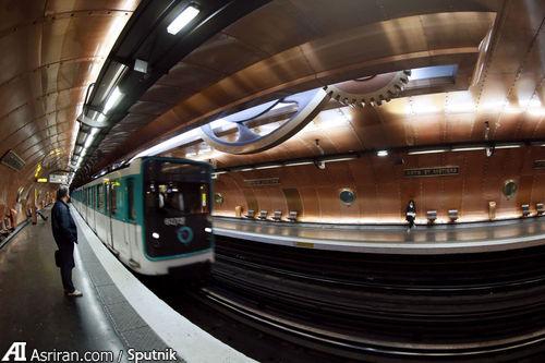 ایستگاه Arts et Metiers در پاریس.