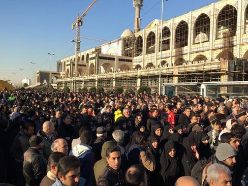 عکس های مراسم تشییع پیکر آتش نشانان دوشنبه 11 بهمن