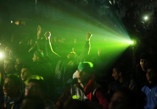 شادمانی مردم غزه از گل تیم ملی فوتبال مصر به تیم کامرون در فینال جام فوتبال آفریقا – غزه