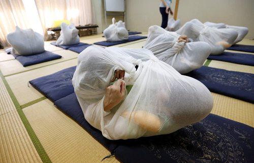 ماساژ قنداقی در اوزاکا ژاپن