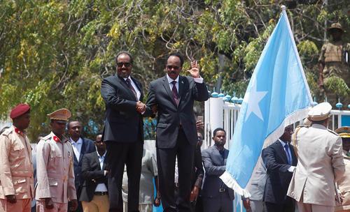 آیین تحلیف رسمی و آغاز به کار رییس جمهور جدید سومالی – موگادیشو