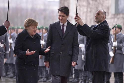 استقبال رسمی صدراعظم آلمان از نخست کانادا – برلین