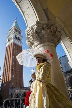 کارناوال سالانه ونیز ایتالیا